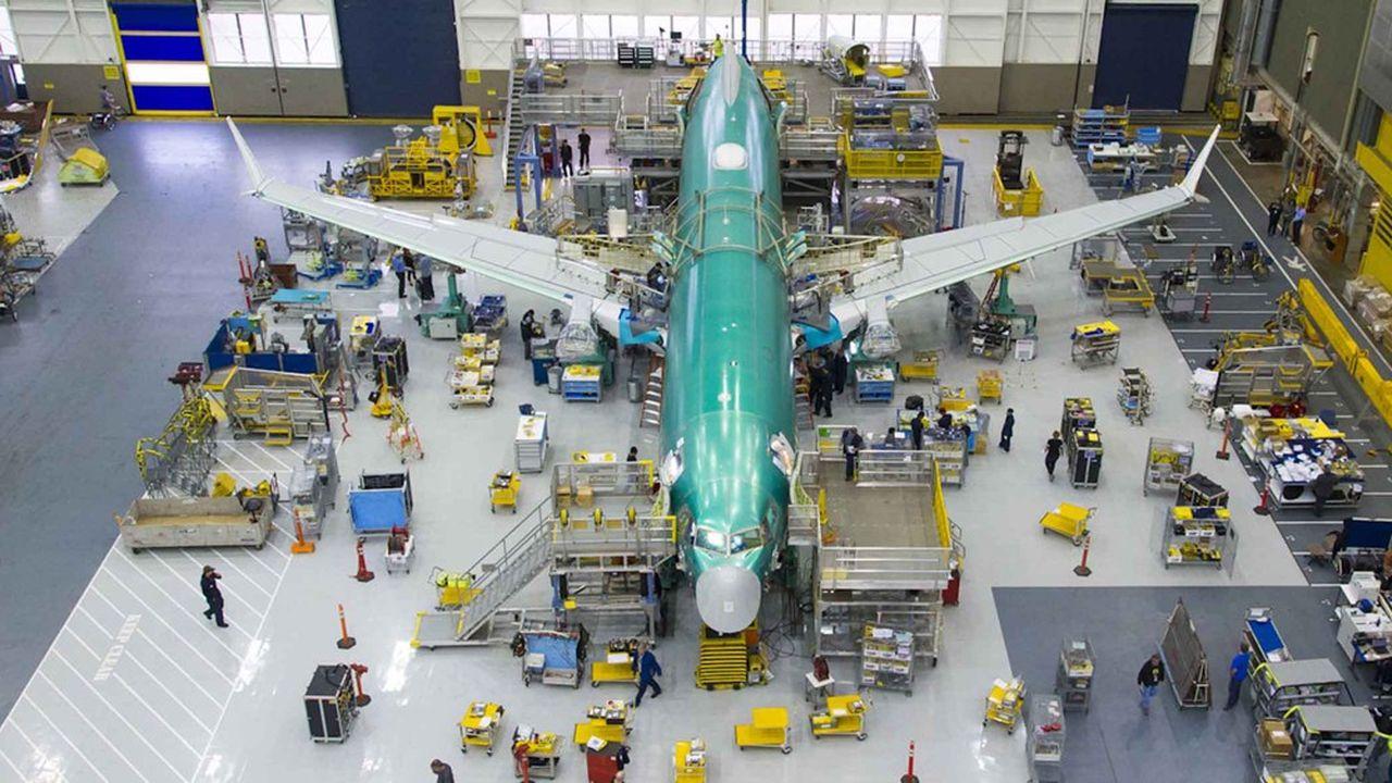 «Boeing a informé les opérateurs des avions des réparations nécessaires et a envoyé des pièces de rechange pour aider à minimiser les temps d'arrêt», a indiqué l'avionneur