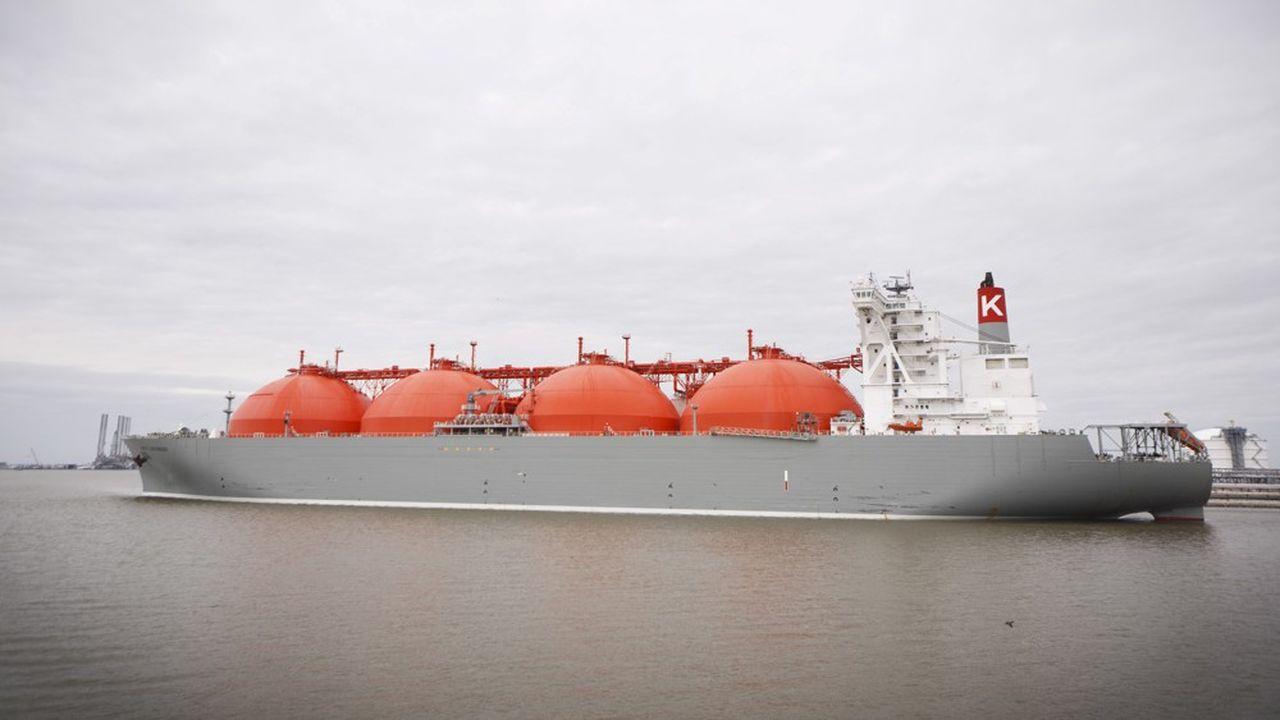 Un tanker GNL part des Etats-Unis, à Sabine Pass.