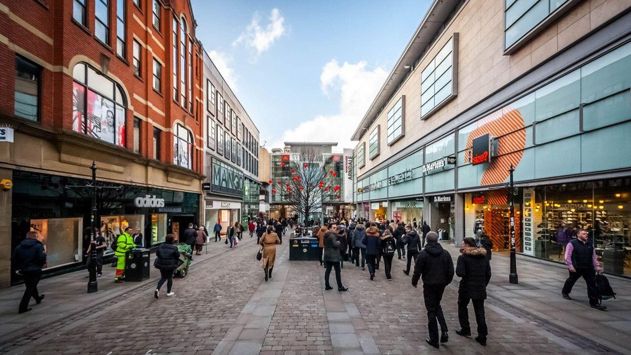 Inaugurée ce lundi, la boutique de Manchester est la première des dix qu'Amazon a prévu d'ouvrir.