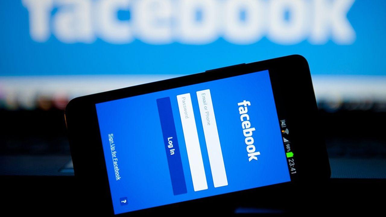Facebook a perdu plus de 7% après l'annonce d'ouverture d'enquêtes.