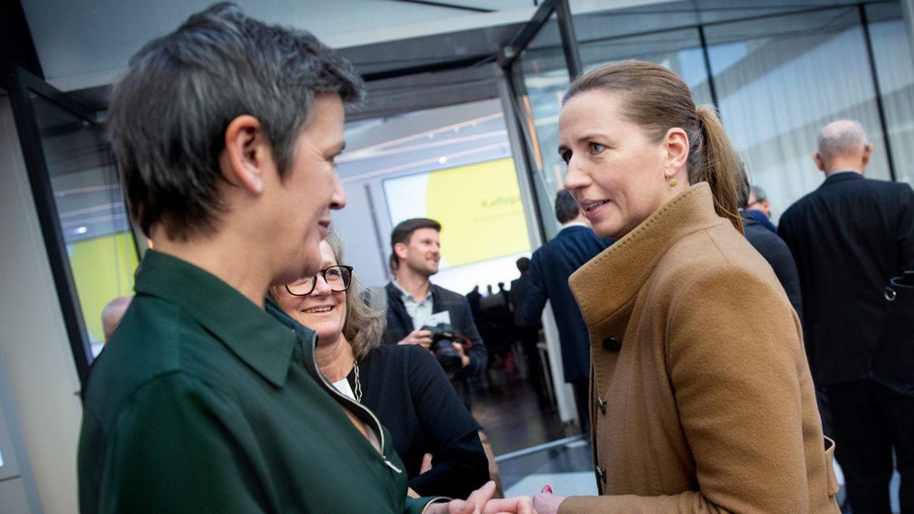 La présidente des sociaux-démocrates, Mette Frederiksen (à droite), pourrait devenir Première ministre à l'issue des législatives tandis que la libérale Margrethe Vestager (à gauche) vise la présidence de la Commission européenne à Bruxelles.