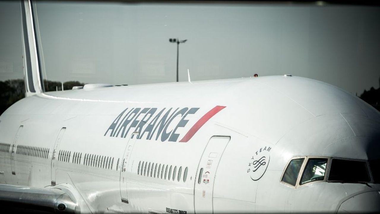 Le député de la Somme, François Ruffin, milite aussi pour une « décroissance mondiale des vols ».
