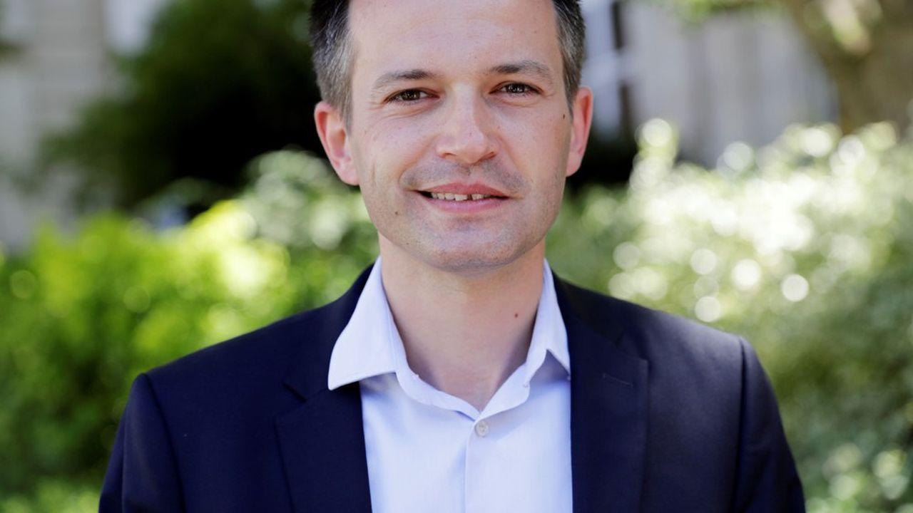 Pierre-Yves Bournazelse revendique du progressisme et «des valeurs fondamentales de l'humanisme et de la solidarité, de l'engagement écologique, de l'idéal européen et de la liberté, chères à Paris».