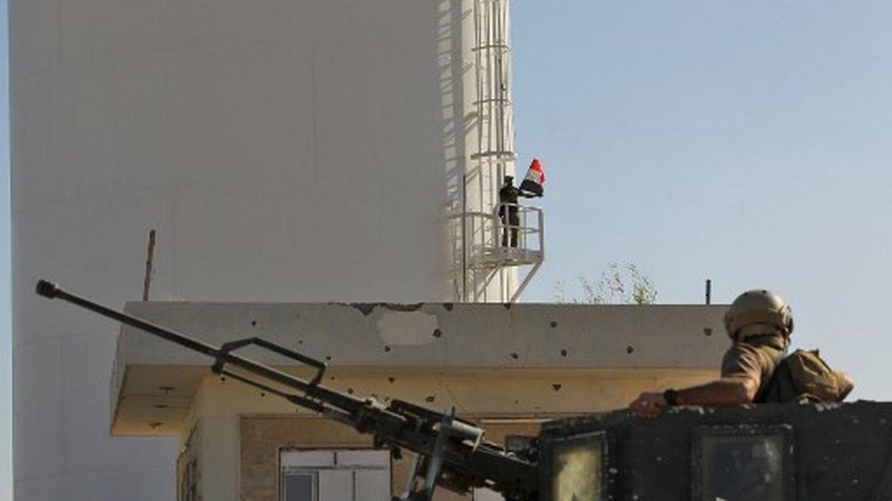 L'armée irakienne en octobre 2017 reprend le contrôle de la région de Kirkouk et de ses champs de pétrole. ici le champs de Bai Hassan.