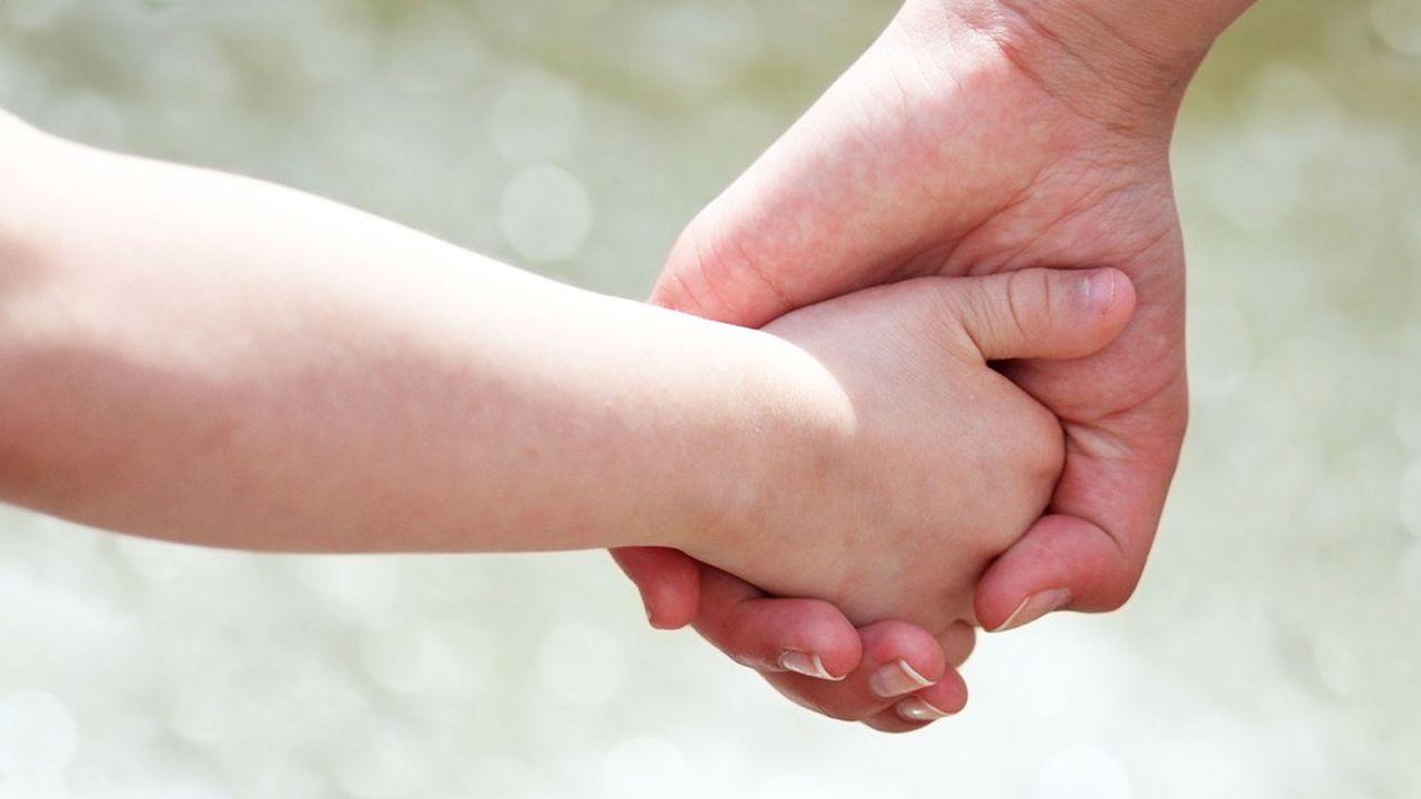 L'Essonne veut améliorer l'aide sociale à l'enfance .