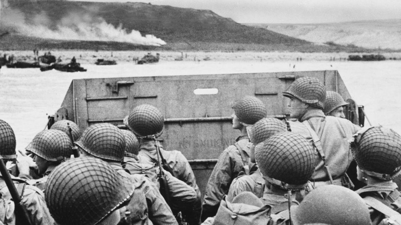 Le 6juin 1944 à 6h30 du matin, le débarquement sur les plages de Normandie a débuté. Le D-Day, le jour le plus long, a impliqué près de 400.000militaires et personnels de la marine, et demeure la plus grande opération amphibie jusqu'à ce jour.