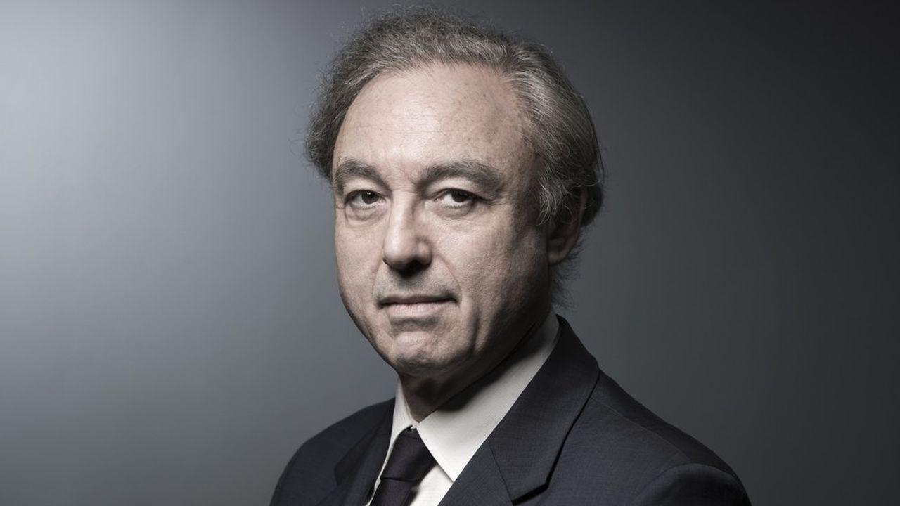 Entré très tôt en campagne électorale, Bernard Spitz, l'actuel président de la Fédération française de l'assurance, brigue un nouveau mandat de trois ans.