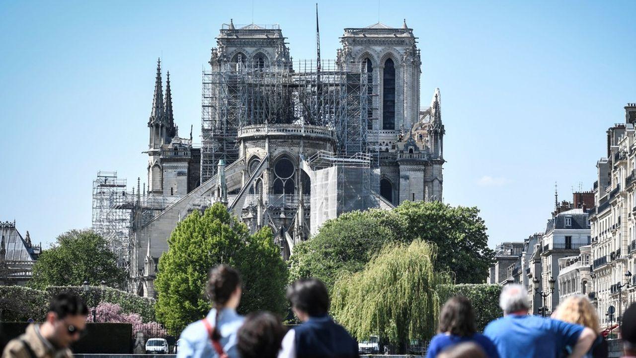 Les dons privés proposés pour la reconstruction de Notre-Dame ont provoqué la polémique. En France, contrairement à d'autres pays, la philantropie est un sujet fortement teinté de « richophobie ».