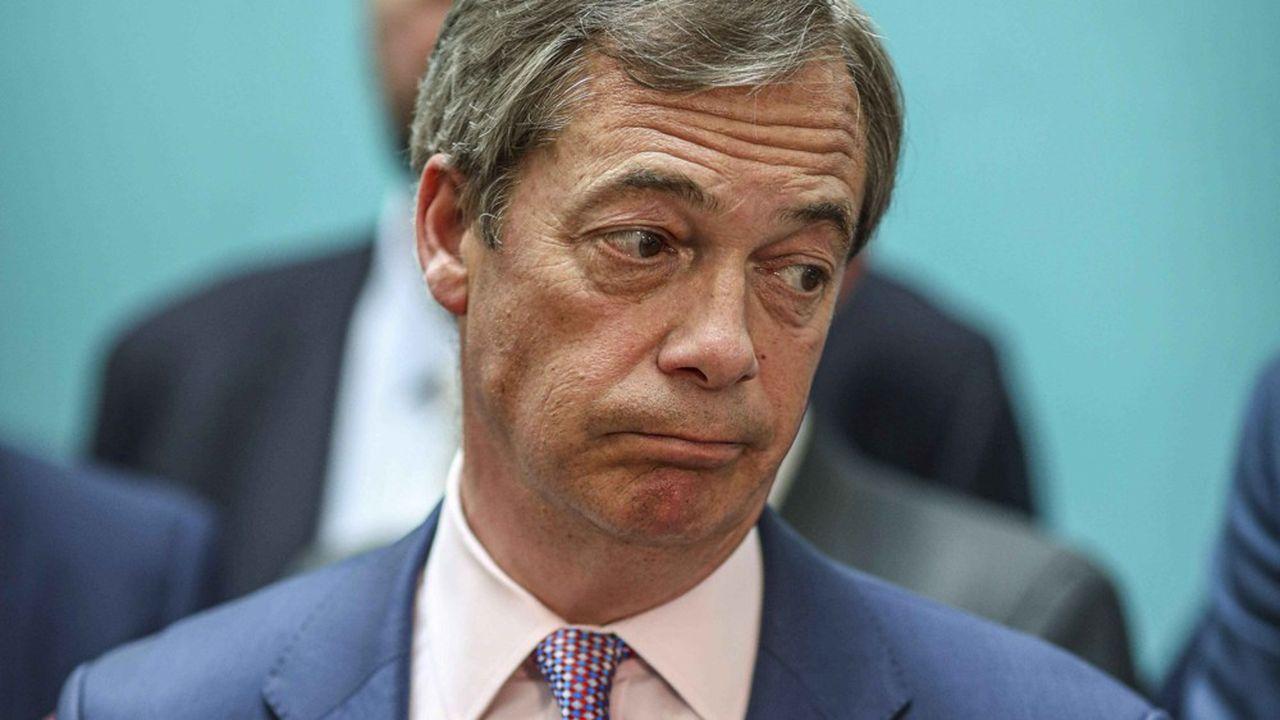Présent à Peterborough lors du décompte des voix, Nigel Farage s'est échappé par une porte dérobée quelques minutes avant l'annonce de la défaite de son parti