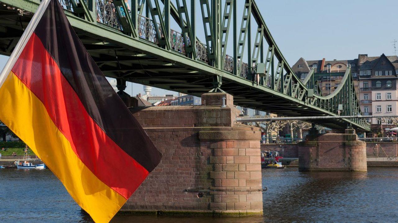 La Bundesbank, qui vient de réviser ses prévisions de croissance, estime que les risques baissiers importants