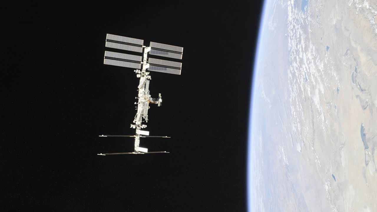 (FILES) This NASA photo obtained November 4, 2018 shows the International Space Station photographed by Expedition 56 crew members from a Soyuz spacecraft after undocking. - NASA said on June 7, 2019, it will open up the International Space Station for tourism and other business ventures as of next year, as it seeks to financially disengage from the orbiting research lab. (Photo by HO / NASA / AFP) / RESTRICTED TO EDITORIAL USE - MANDATORY CREDIT 'AFP PHOTO / NASA/ROSCOSMOS' - NO MARKETING NO ADVERTISING CAMPAIGNS - DISTRIBUTED AS A SERVICE TO CLIENTS
