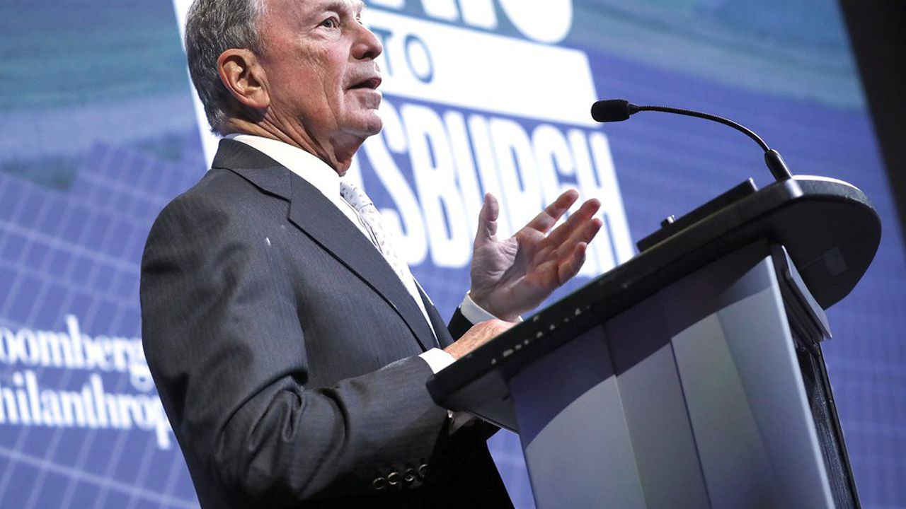 Michael Bloomberg, qui milite également pour un durcissement des législations sur les armes à feu et qui est en croisade contre l'industrie du tabac, n'en est pas à son coup d'essai.