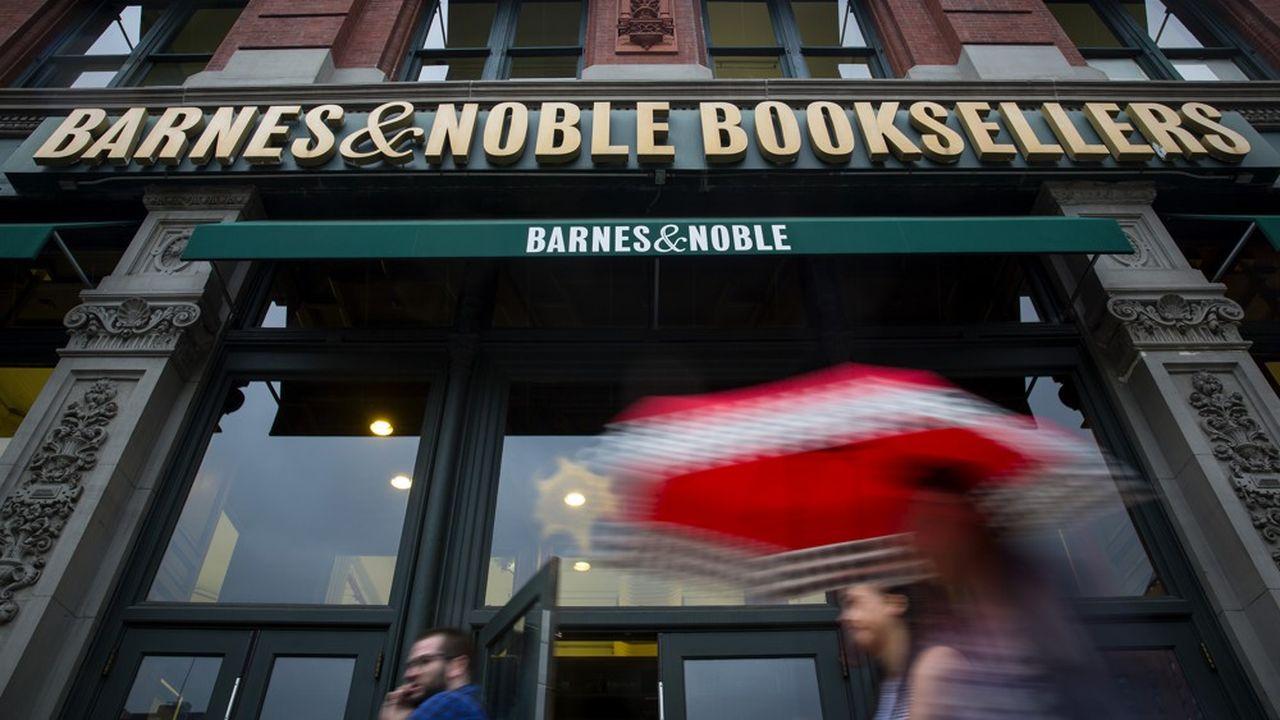 Barnes & Noble, premier libraire aux Etats-Unis, va tenter de se relancer avec un nouveau propriétaire, le fonds Elliott.