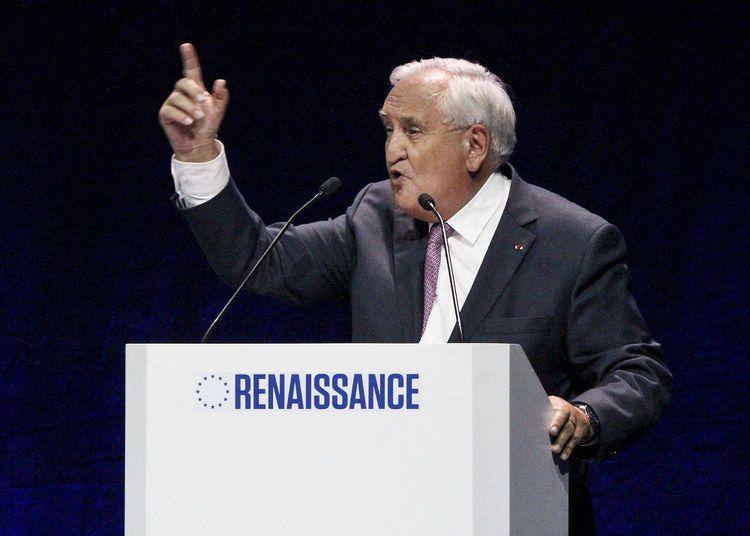 Jean-Pierre Raffarin lors d'un meeting pour la liste LREM aux Européennes.
