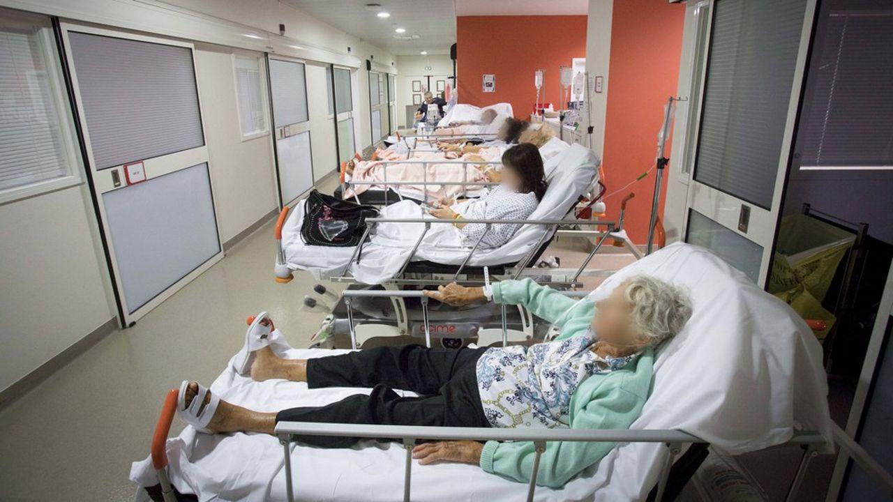 La ministre de la Santé, Agnès Buzyn, a déclaré qu'elle ne voulait plus de brancards dans les couloirs.
