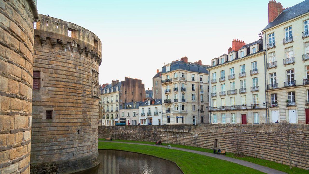 Des immeubles d'habitation à Nantes (Loire-Atlantique) près du Château des ducs de Bretagne.