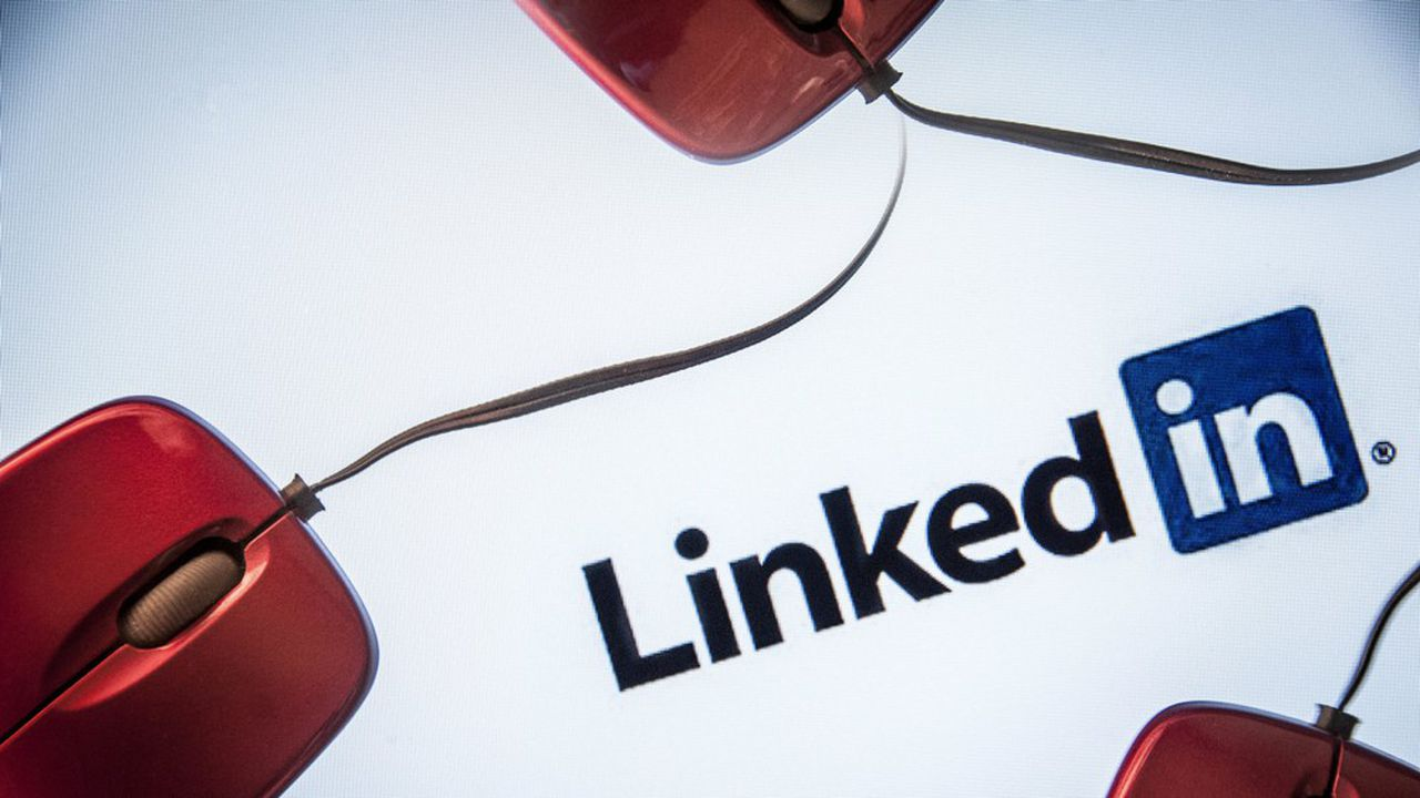 LinkedIn, nouveau terrain de jeu des espions