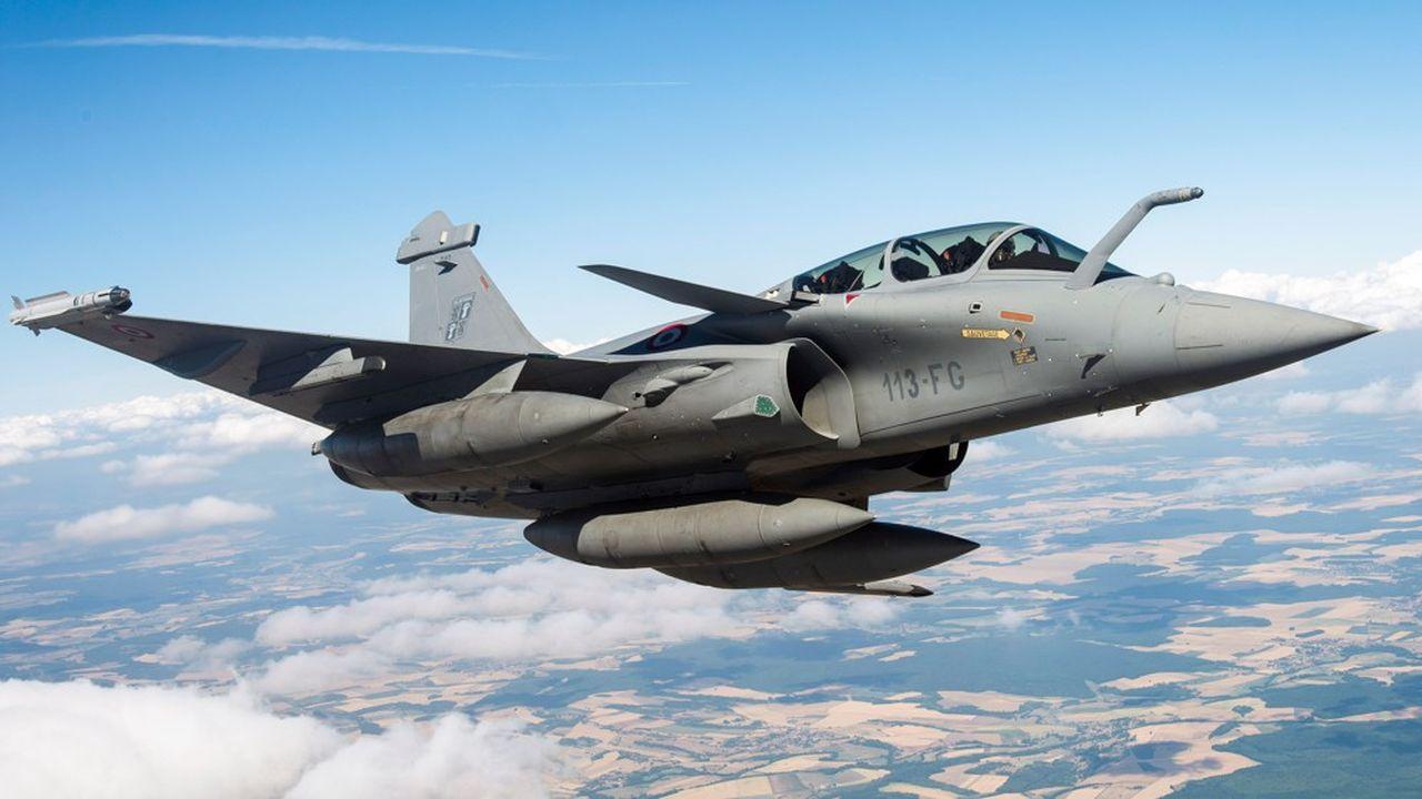 Le Rafale assurera l'essentiel du show au Bourget avec des démonstrations en vol quotidiennes. Le F-35 est exposé au sol sur le stand de l'armée américaine mais ne volera pas.