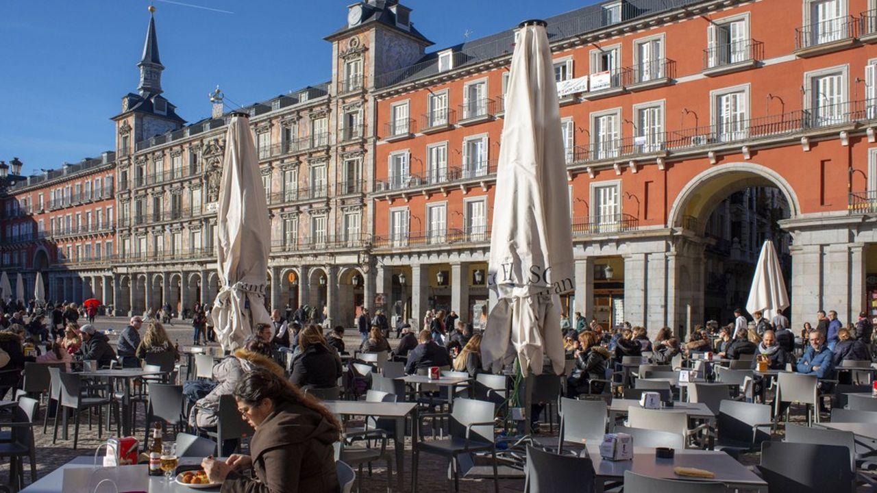 Peu de salariés espagnols dérogent au sacro-saint «second petit-déjeuner», une pause-café sandwich d'une vingtaine de minutes au milieu de la matinée