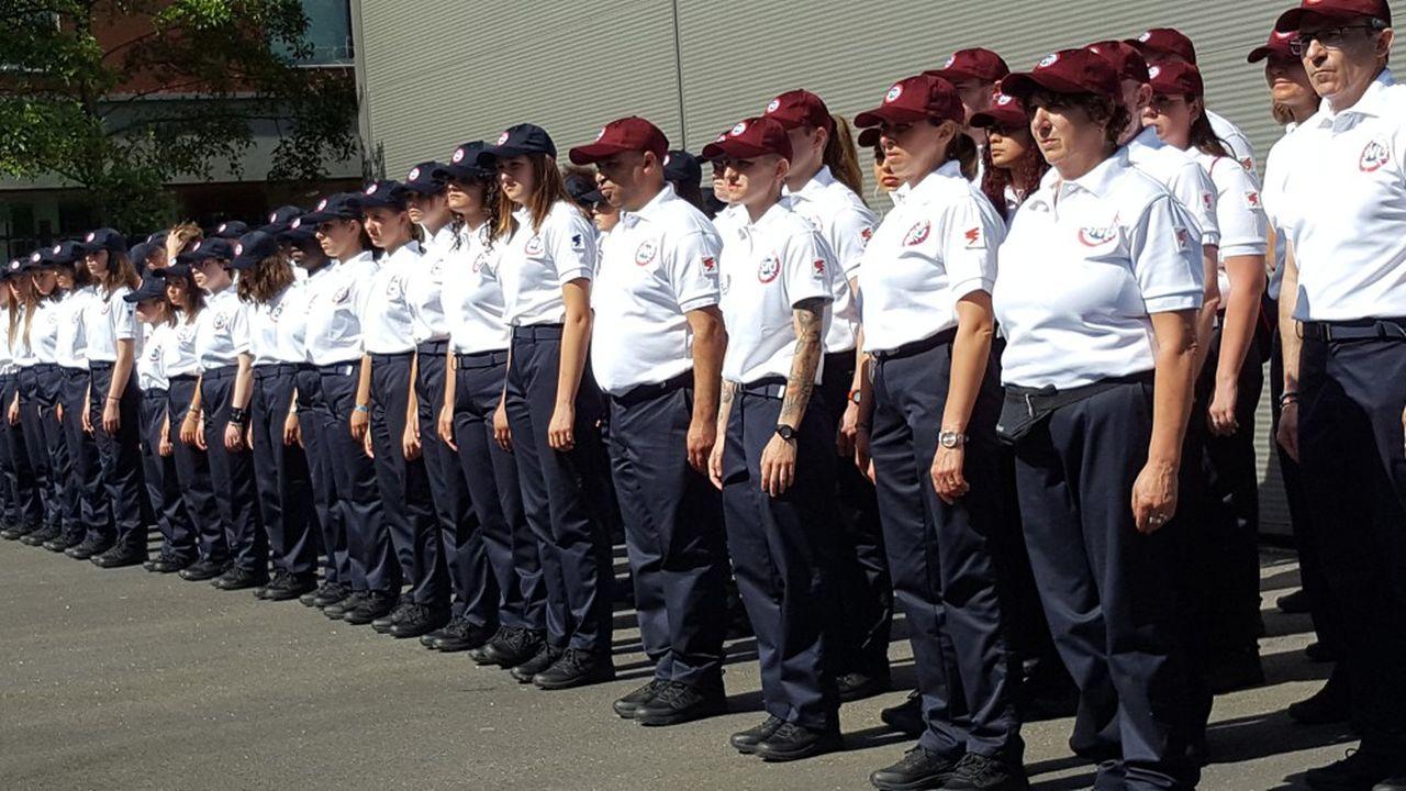 49 garçons et 46 filles venant de douze départements expérimentent le service national universel (SNU) à Tourcoing.