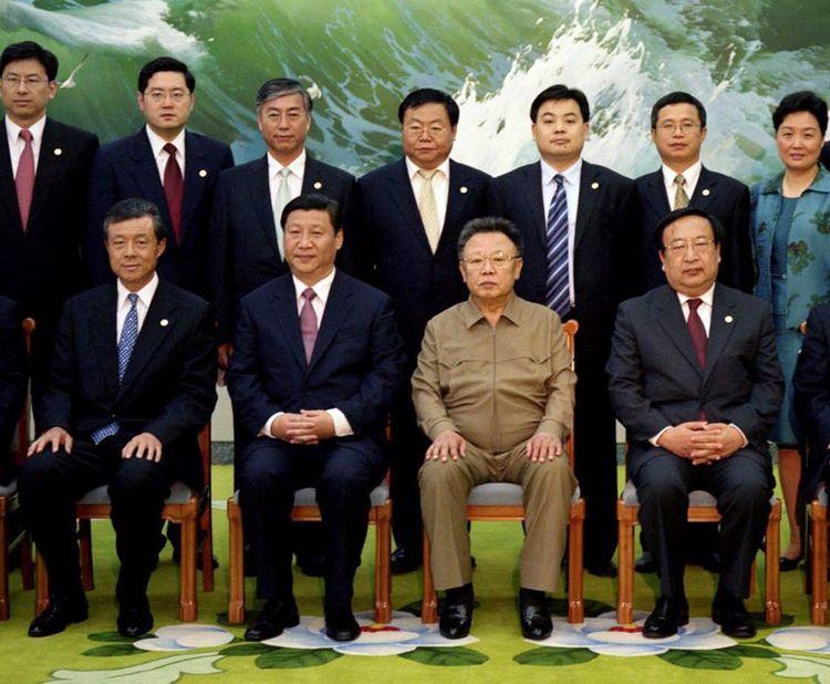 Xi Jinping et Kim Jong Il à Pyongyang en juin2018.