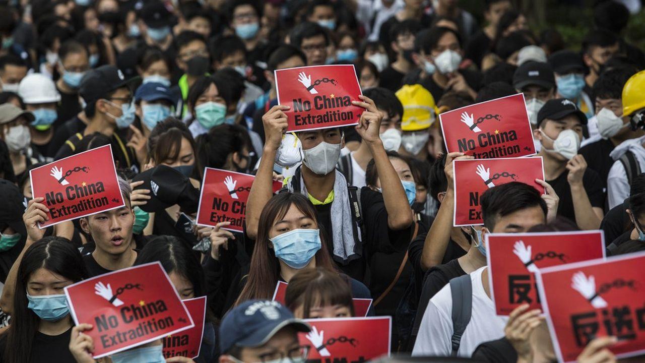 La démonstration de force massive des manifestants va marquer l'histoire de Hong Kong.