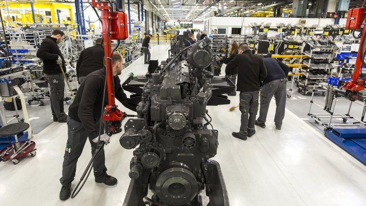 Sur les 650 qui travaillent dans cette usine Claas Tractor dans la Sarthe, seulement 330 sont en CDI, le reste en intérim