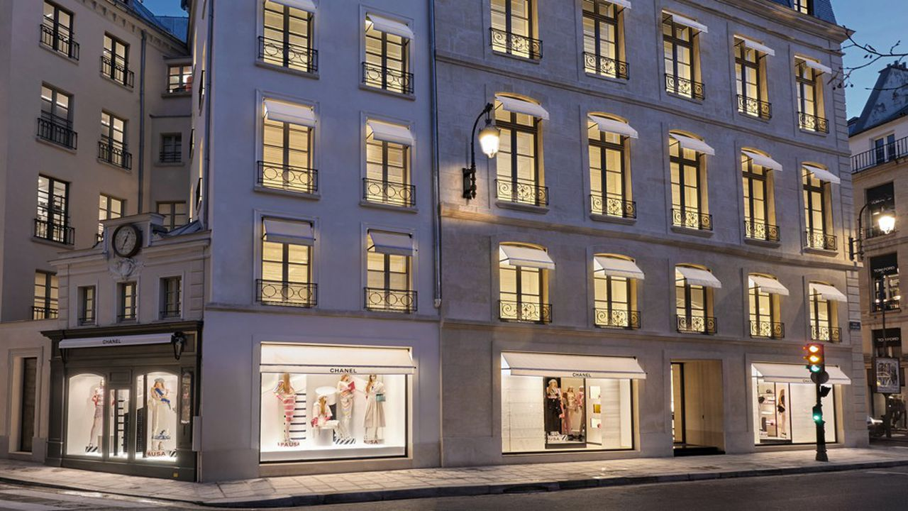 La nouvelle boutique de la rue Cambon, à Paris, va tester de nouveaux e-services pour ses clients, avant leur déploiement dans le monde.