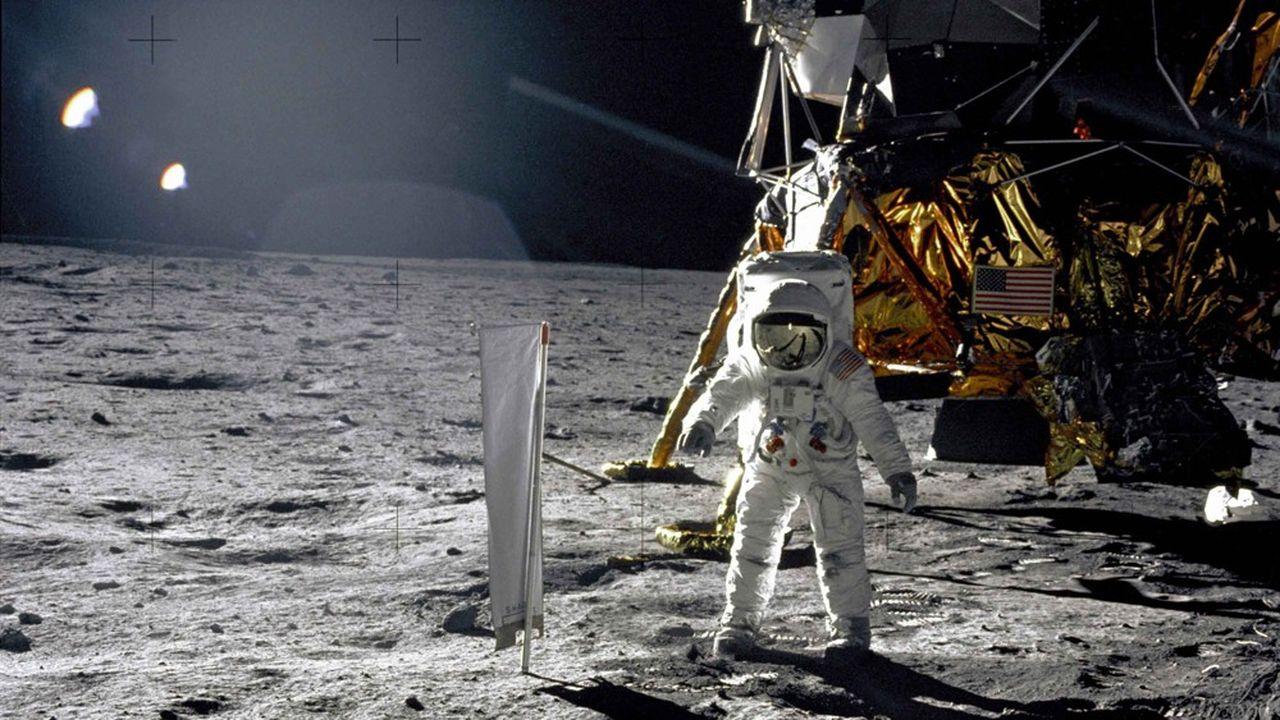L'Inde, la Chine, les Etats-Unis souhaitent tous à nouveau envoyer des hommes sur la Lune. Entre coopération et compétition, les agences spatiales sont prises en étau.