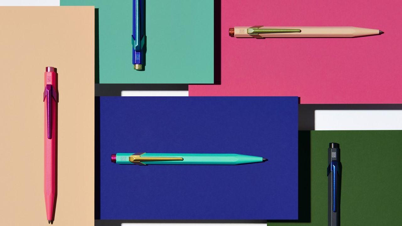En jouant les couleurs contrastées, la collection Claim Your Style revisite l'emblématique stylo849, qui fête ses 50ans. Une manière de personnaliser l'offre pour séduire de nouveaux consommateurs.