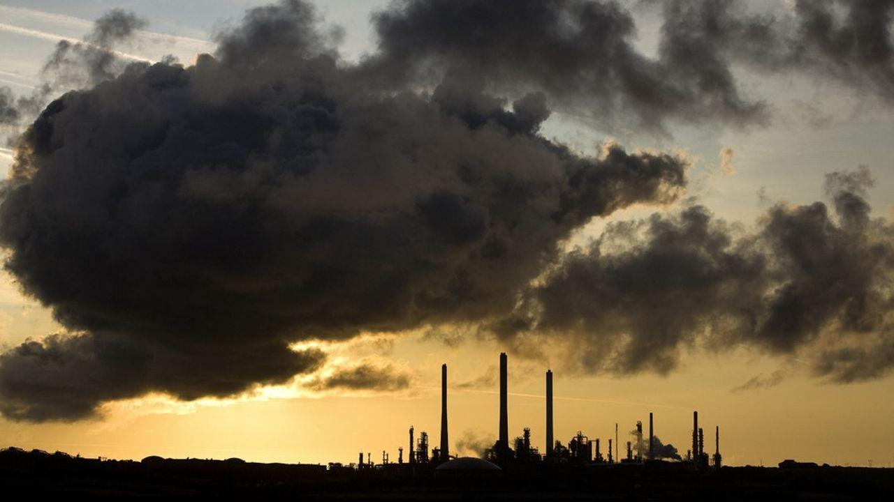 Les guerres commerciales et hausses potentielles du cours du pétrole constituent un risque du côté de l'offre.