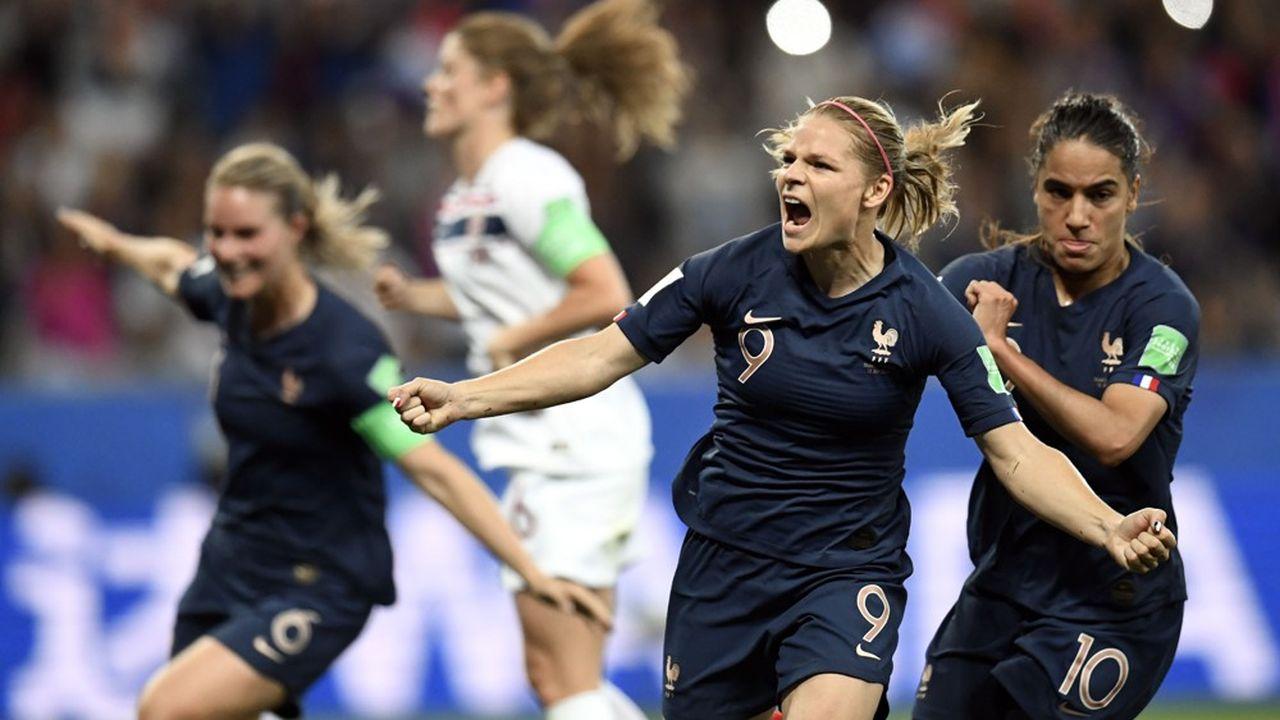 Les opérateurs de paris sportifs constatent, unanimes, le puissant attrait de l'équipe de France. Ses matchs contre la Corée et la Norvège ont donné lieu à des montants records de mises. A la FDJ, la barre du million d'euros sur une seule rencontre a été franchie pour la premier fois avec le Mondial.