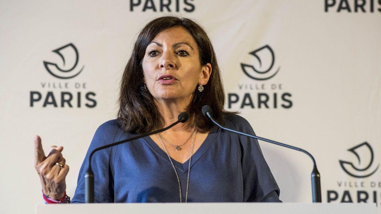 La République En marche arrive en tête des intentions de vote aux municipales à Paris, avec 1 à 4 points d'avance sur une liste conduite par Anne Hidalgo, selon un sondage BVA.