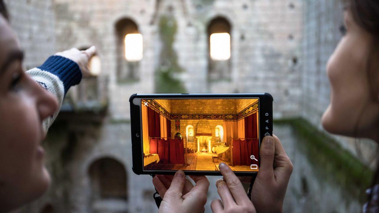 Visite virtuelle du château de Loches.