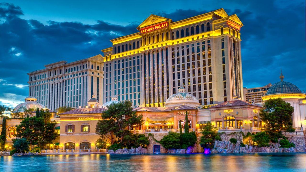 Caesars Entertainment est connu du grand public notamment grâce à son luxueux hôtel-casino de Las Vegas, le Caesars Palace.