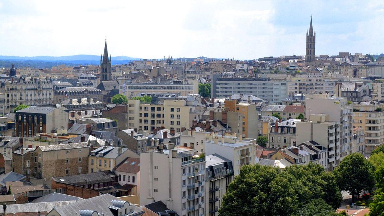 En centre-ville de Limoges, un logement sur deux est vacant. Un commerce sur deux est vide dans l'hyper centre. La commune tente de retrouver de l'attractivité.