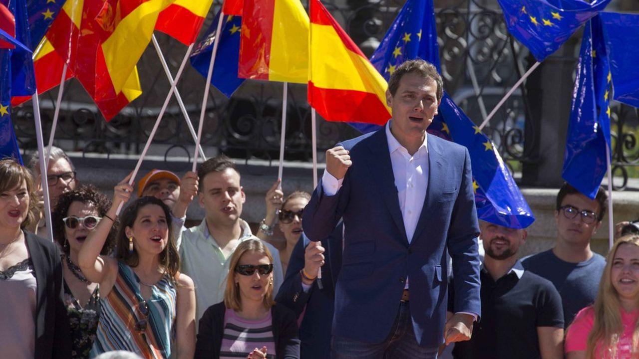 Le leader de Ciudadanos, Albert Rivera écarte toute possibilité de faciliter l'arrivée au pouvoir d'un gouvernement socialiste