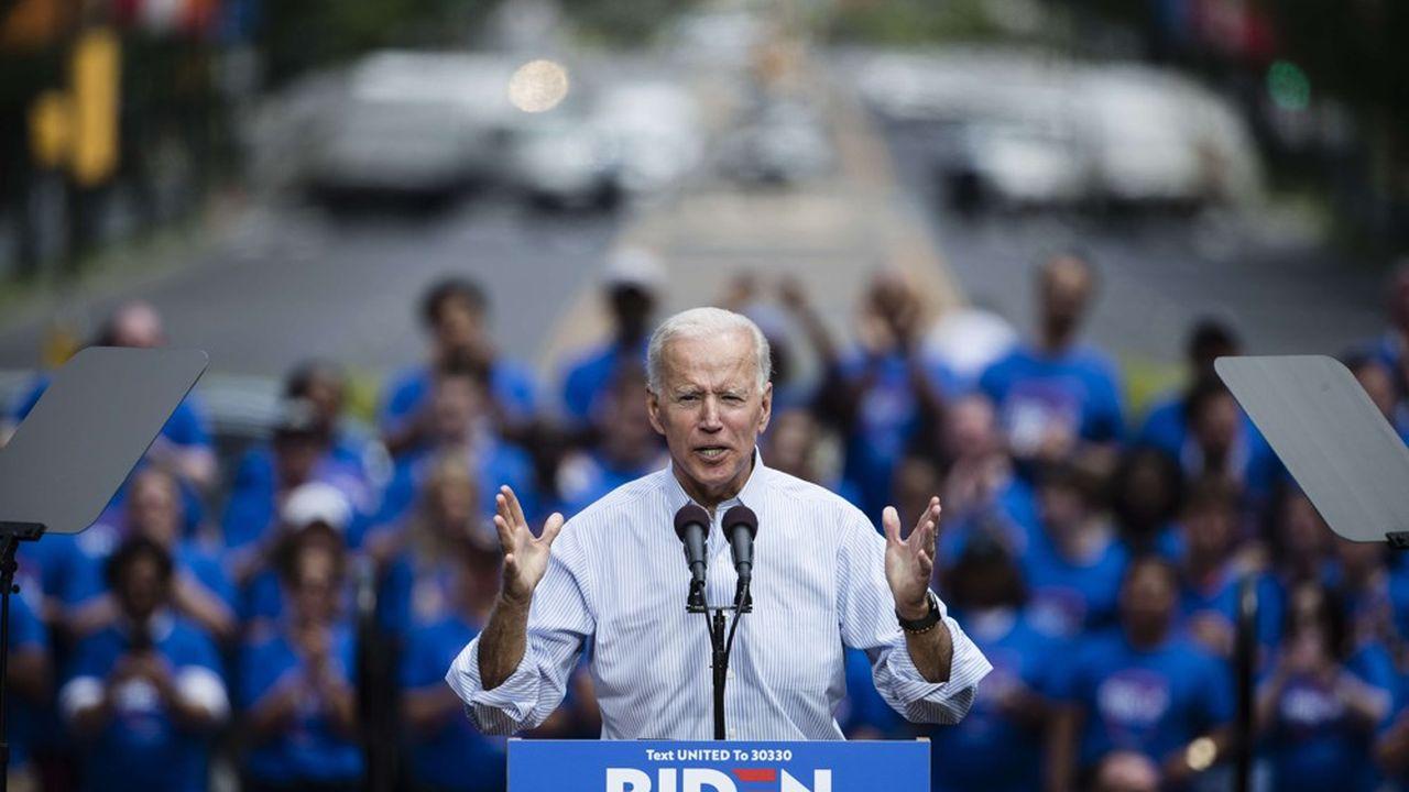 Joe Biden ciblé par les autres candidats démocrates — Primaire américaine