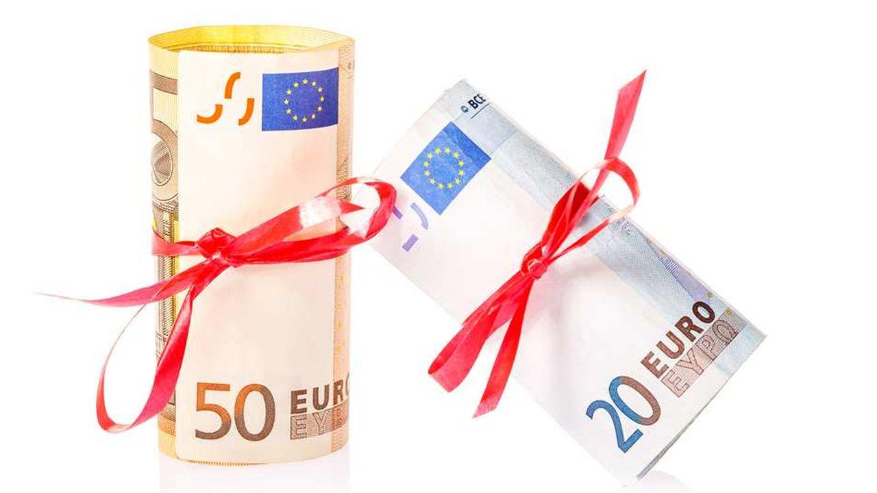 Les dons permettent de financer des oeuvres d'intérêt général avec des réductions d'impôts.
