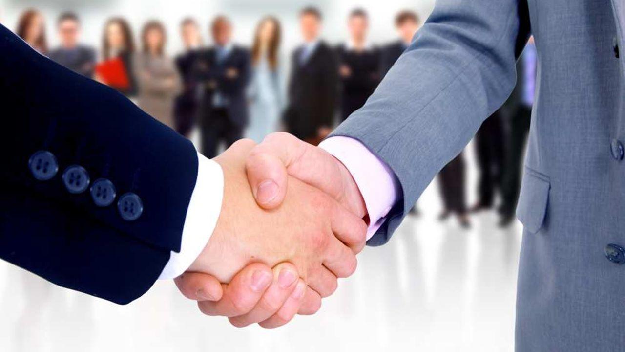 Les sommes reçues dans le cadre de la participation des salariés aux résultats de l'entreprise sont exonérées à condition d'être investies et de rester indisponibles pendant 5 ans.