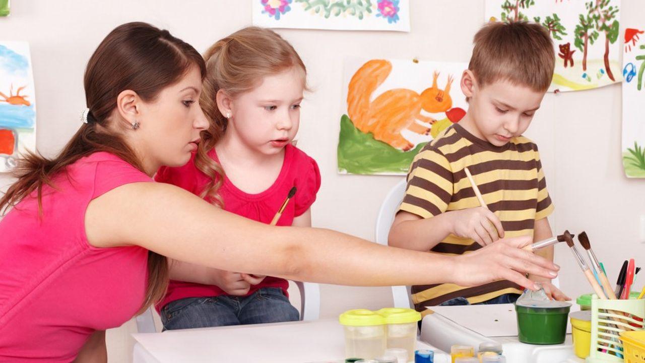 Les contribuables peuvent bénéficier d'un crédit d'impôt au titre des dépenses qu'ils supportent pour la garde à l'extérieur de leur domicile, de leurs enfants âgés de moins de 6 ans.