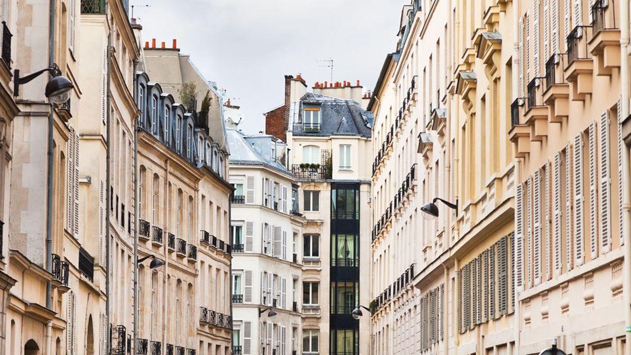 Les revenus tirés de la location peuvent relever soit de la catégorie des revenus fonciers soit des bénéfices industriels et commerciaux