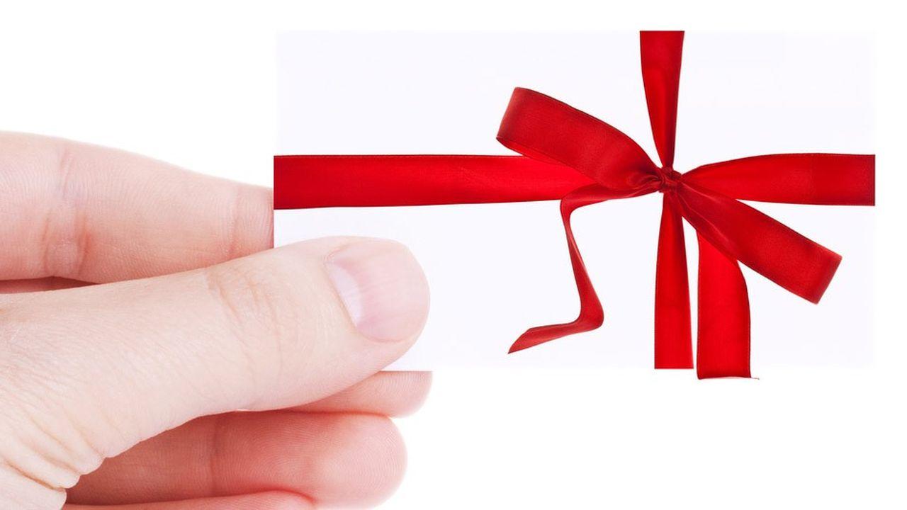 Les redevables qui effectuent des dons au profit de certains organismes peuvent imputer sur leur ISF 75 % du montant de leurs versements.