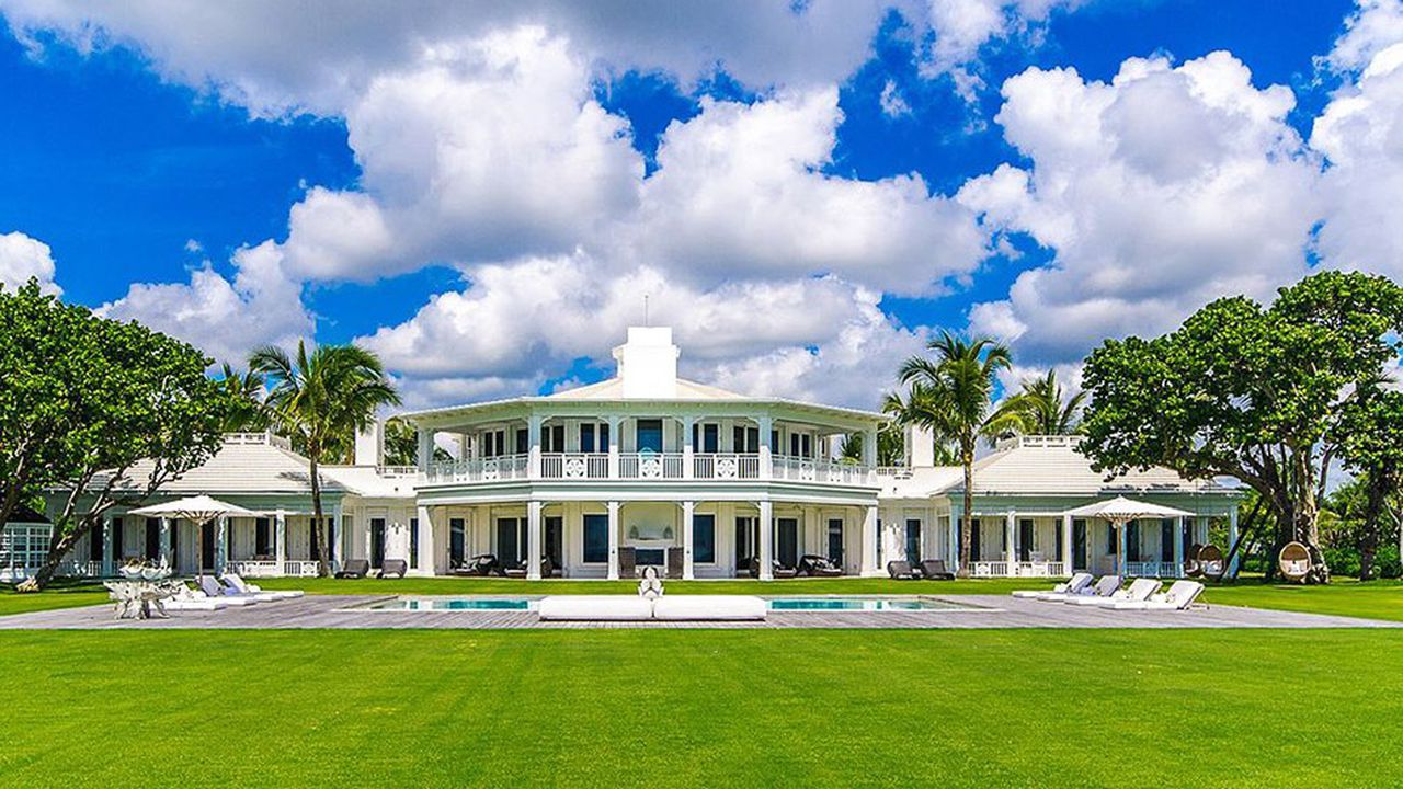 2084875_immobilier-la-villa-de-celine-dion-en-floride-vendue-35-millions-deuros-web-tete-0212043016062.jpg