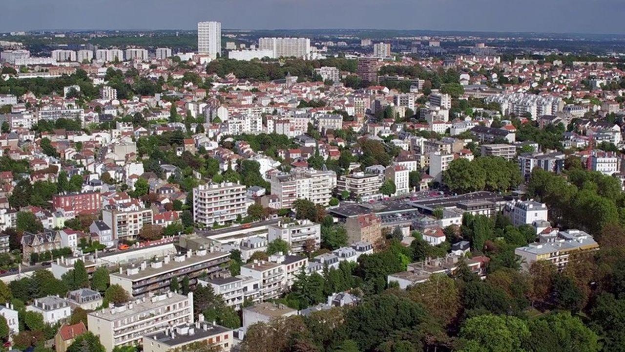 Le prix du mètre carré s'étire de 3.000euros, pour un bien dans le quartier des Larris au nord, à plus de 7.500euros, pour le secteur sud, près du Bois.
