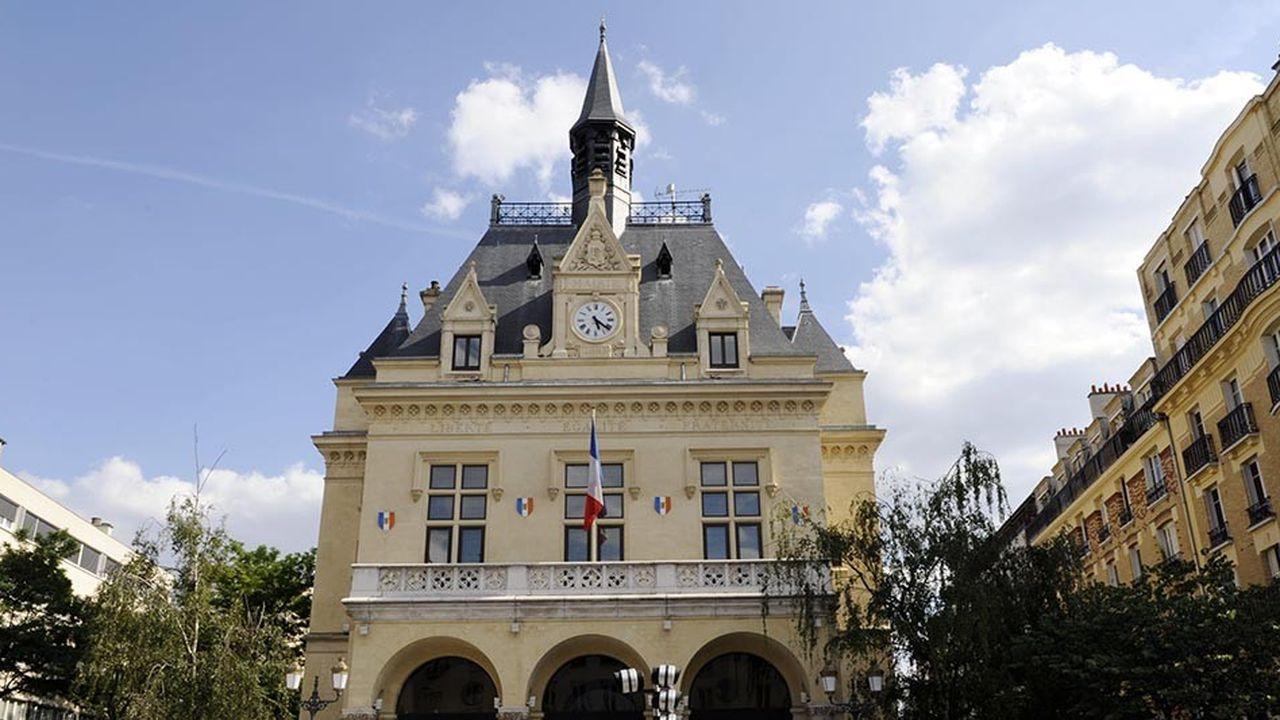 La commune des Lilas, 22.000 habitants, est l'une des plus prisées mais aussi des plus denses de la Seine-Saint-Denis, avec sa superficie de 1,2 km².