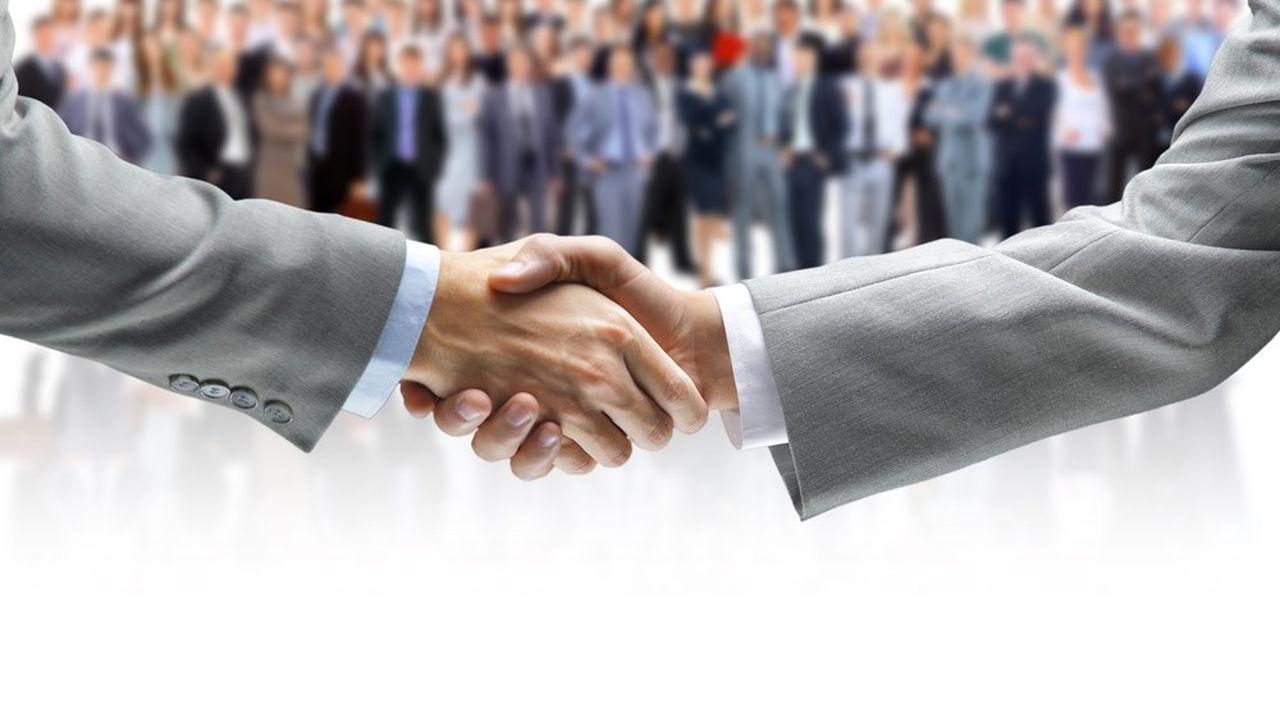 Le pacte Dutreil permet de réduire la base de calcul des droits de donation.