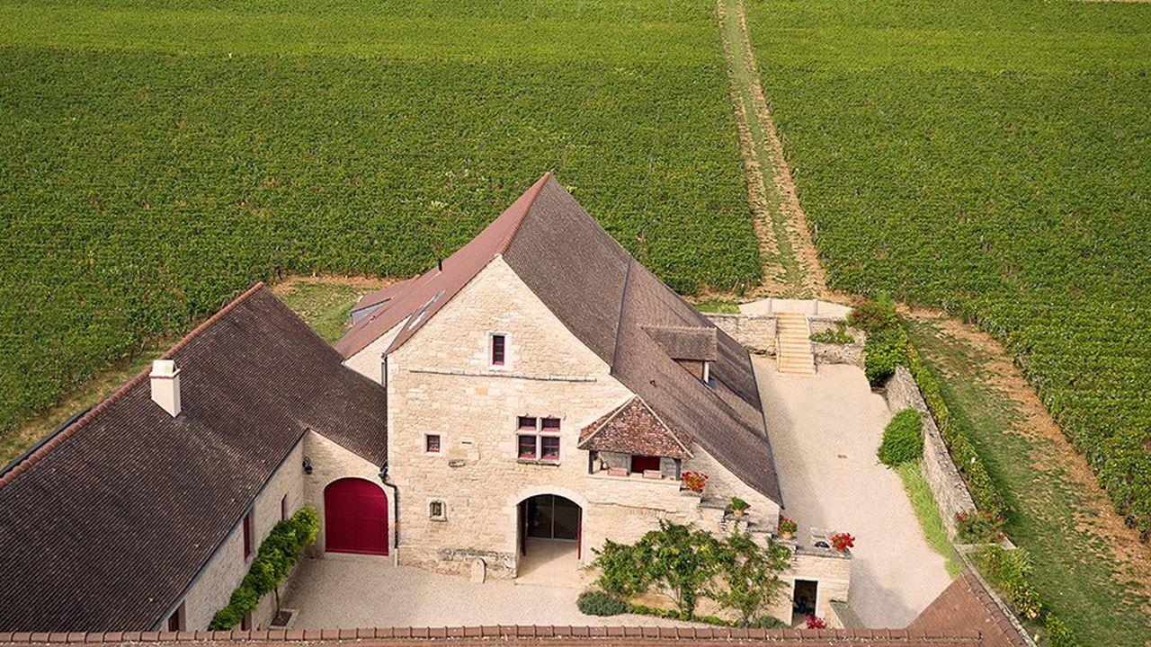 La flambée des prix du foncier viticole français.