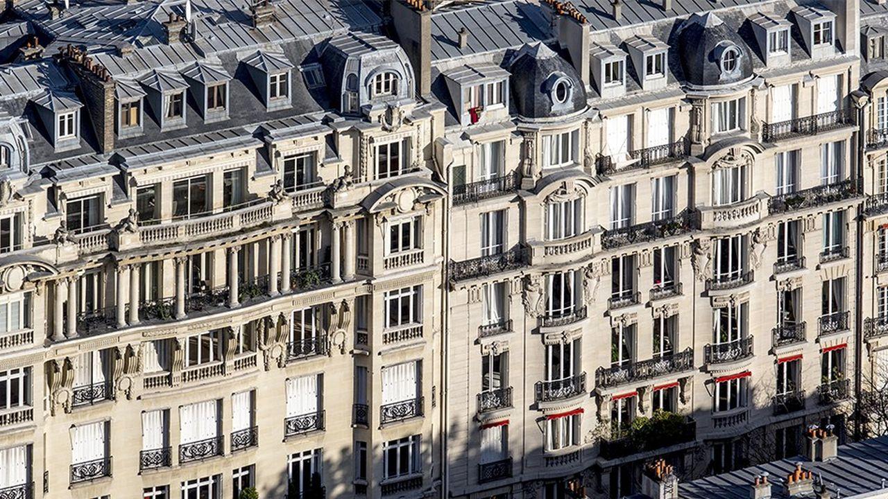 Les plus-values immobilières excédant 50.000euros sont soumises à une surtaxe.