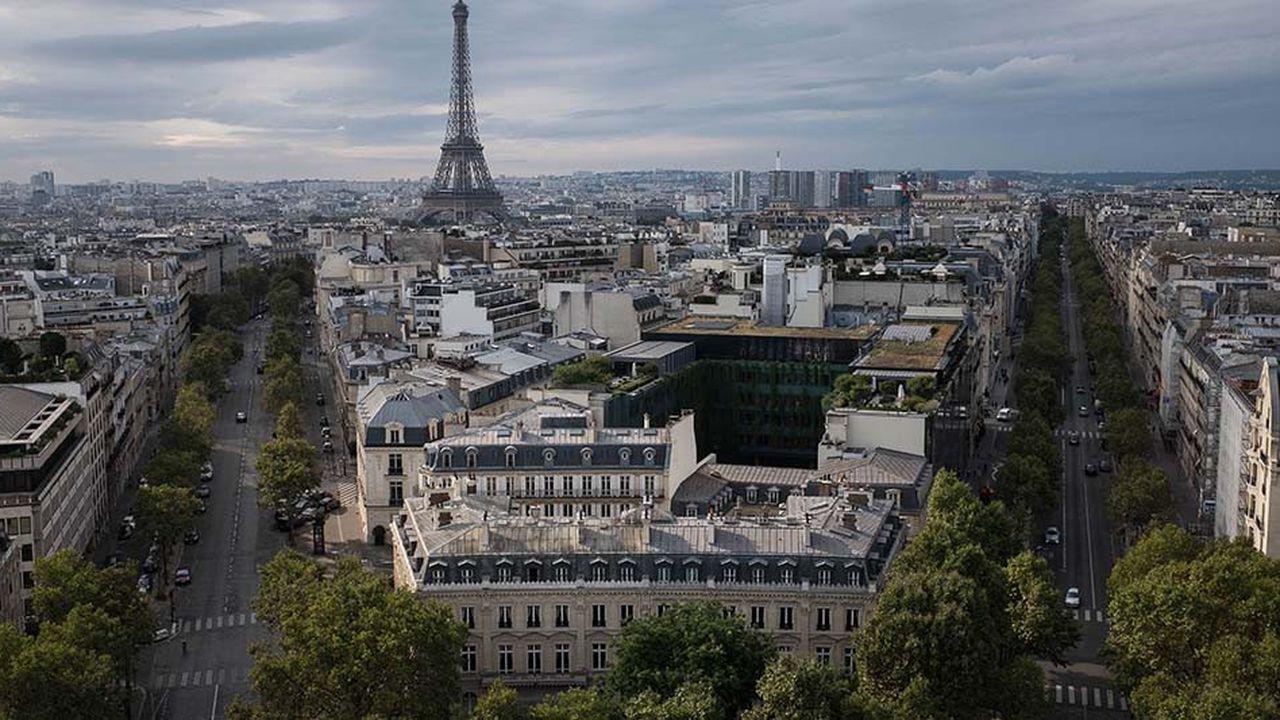 Dans le 7e arrondissement, un bien avec vue sur la tour Eiffel peut faire grimper les transactions à plus de 30.000euros du mètre carré.